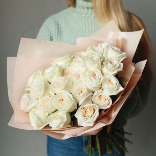 Купить на заказ Заказать Букет из 31 белой розы с доставкой по Уральску с доставкой в Уральске