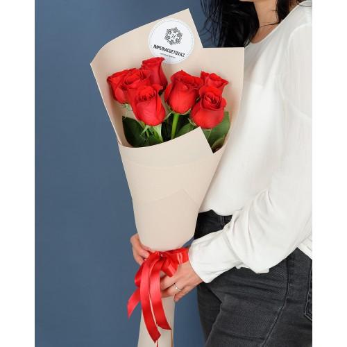 Купить на заказ Заказать Букет из 7 роз с доставкой по Уральску с доставкой в Уральске