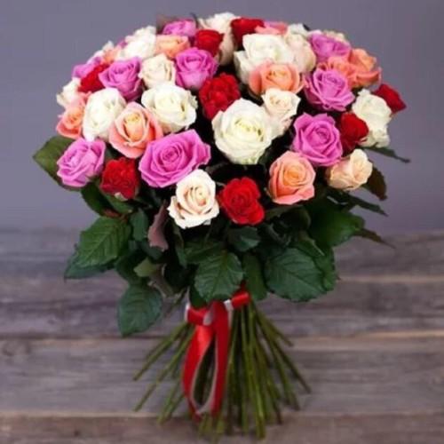 Купить на заказ Заказать Букет из 31 розы (микс) с доставкой по Уральску с доставкой в Уральске
